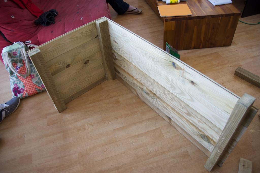 un bassin sur mon balcon. Black Bedroom Furniture Sets. Home Design Ideas